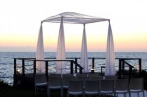 אווירה מרעננת לאורחים - להפתיע עם חתונה בים